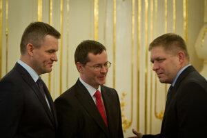 Dovtedajší minister Peter Pellegrini nahradil Pavla Pašku vo funkcii predsedu Národnej rady SR, Juraj Draxler sa stal ministrom školstva SR.