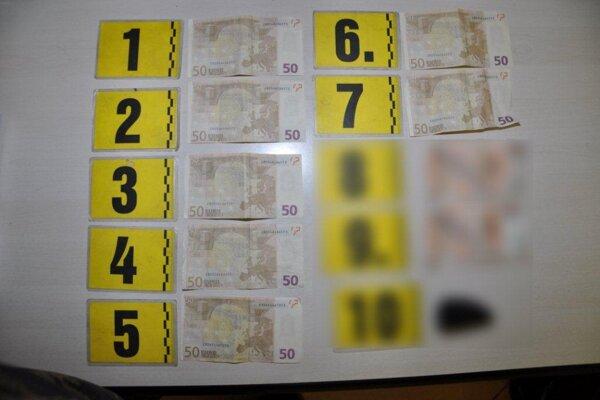 Čech chcel zaplatiť falošnou bankovkou. Našli u neho ďalšie.