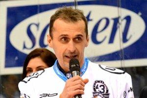 Tím zatiaľ povedie Marcel Šimurda a Peter Bartoš (na foto). Vedenie klubu pracuje na doplnení ďalším trénerom.