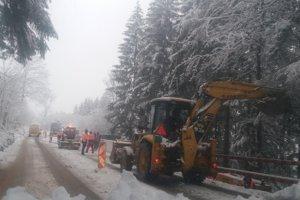 Diaľničiari ešte vlani začali s úpravou cesty I/12.