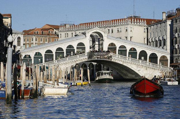 Benátky. Ponte di Rialto.