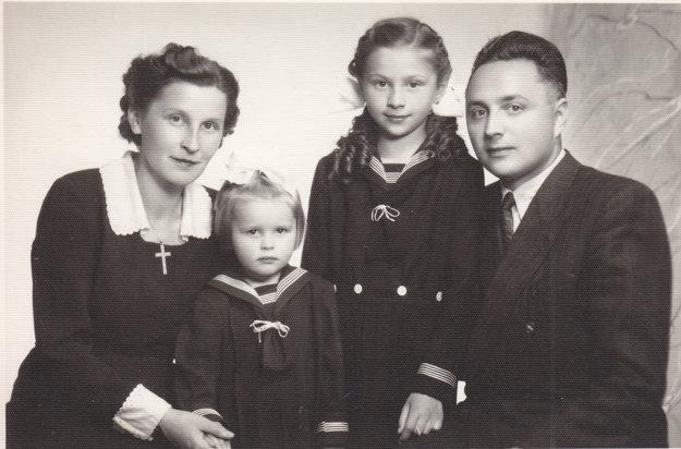 Rodina Vášáryovcov v roku 1950.
