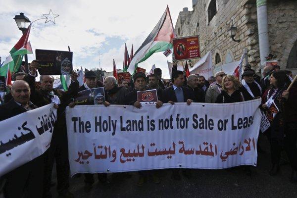 Palestínčania považujú rozhodnutie za zradu.