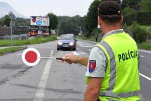 Policajti si musia zvykať na nového riaditeľa.