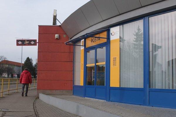 Pošta pri hlavnej autobusovej stanici.