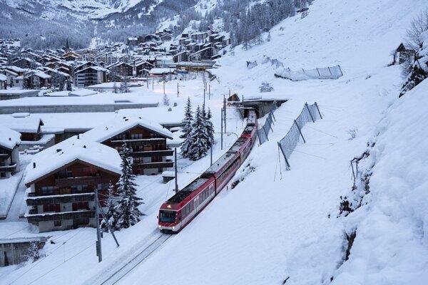 V Zermatte už premávajú vlaky.