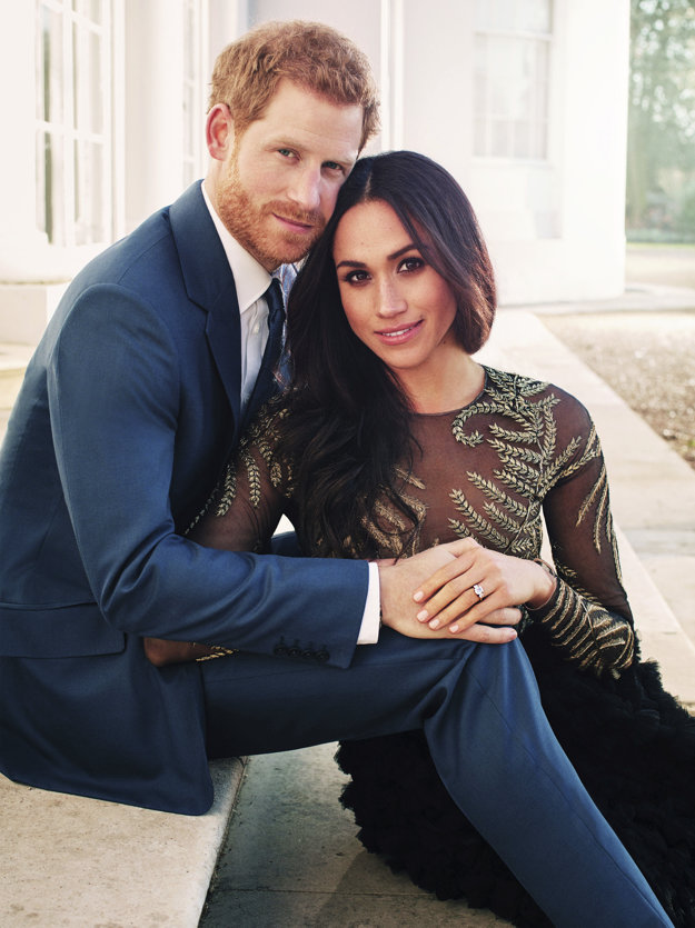 Oficiálne fotografia s princom Harrym pri príležitosti zásnub