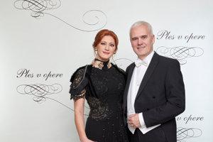 Andrea Cocherová, riaditeľka Plesu v opere s partnerom
