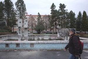 Starú fontánu nahradí nový vodný prvok.