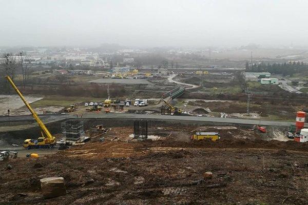 Práce na stavbe úseku diaľnice D1 Prešov, Západ - Prešov, Juh.