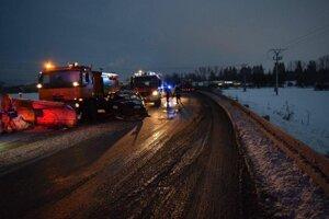 na ceste medzi Martinom a Košťanmi došlo k tragickej dopravnej nehode.
