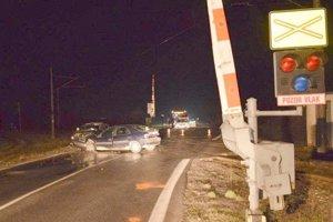Nehoda ochromila premávku na hlavnom ťahu z Levíc do Nitry.