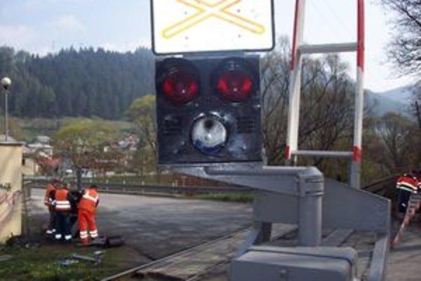 Signalizačné svetlo museli vo Valaskej vymeniť už šiesty raz.