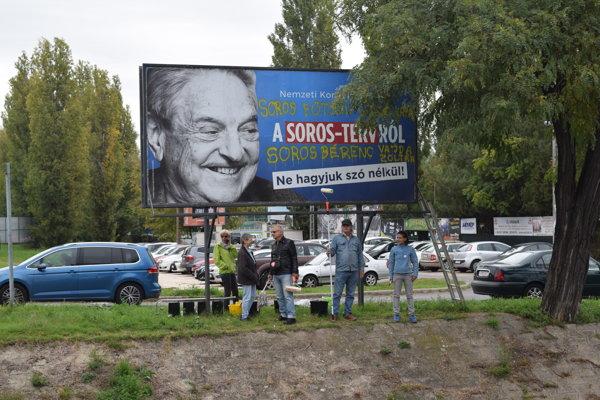 Maďarská vláda minula na kampane a referendá namierené proti Sorosovi a Bruselu najmenej 23 miliónov eur.