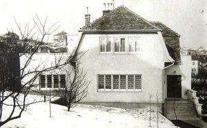 Dom Neumannovcov na Tvarožkovej ulici v Bratislave.