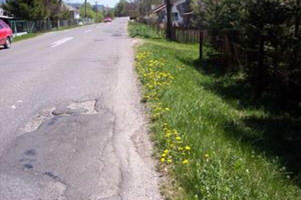 Cesty treba rekonštruovať aj na Horehroní.