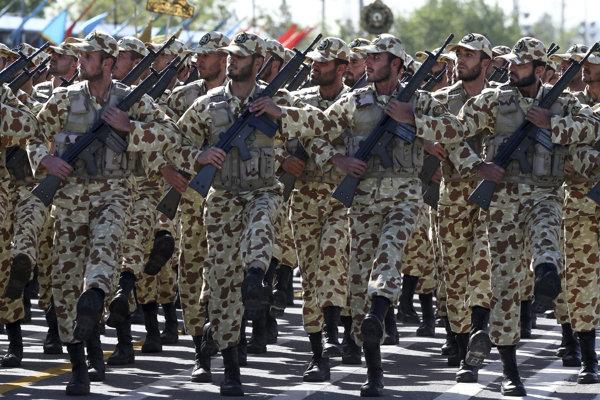 Iránska armáda.