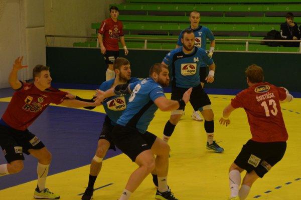 Topoľčany na domácom turnaji vyhrali všetky zápasy, v piatok doma hostia Prešov B.