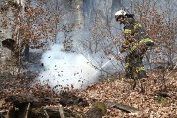 Požiar na Starých Horách v apríli tohto roka.