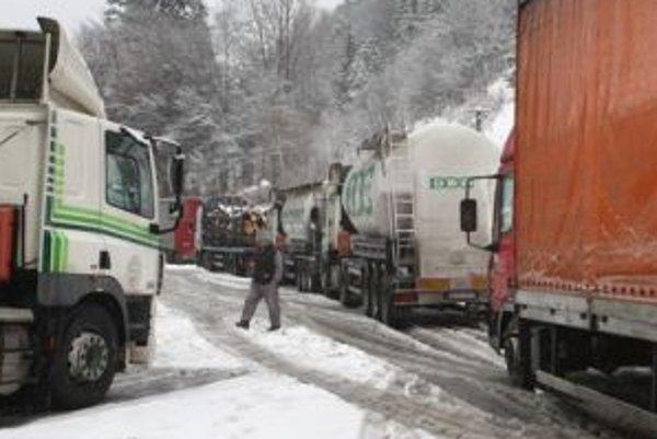Tvorbe snehových jazykov by mali venovať pozornosť hlavne vodiči