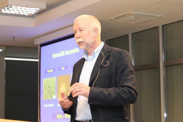 Pavla Šajgalíka pri výbere povolania výrazne ovplyvnil profesor fyziky z gymnázia.