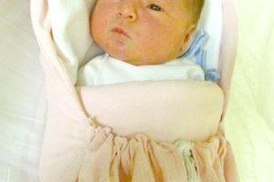 Kataríne Gábrišovej a Petrovi Gregorovi z Volkoviec sa narodila 12. januára dcérka PETRONELA Gregorová ako prvé dieťa. Dievčatko po narodení meralo 51 cm a vážilo 3,85 kg.