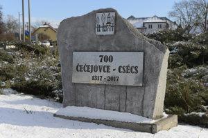 Na snímke výročný pomník