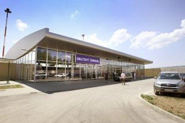 Nový odletový terminál otvorili pred rokom.