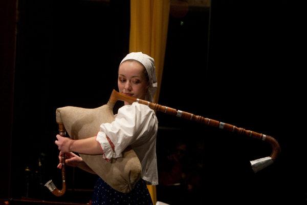 Gajdošská tradícia v obciach neďaleko Novej Bane stále žije.