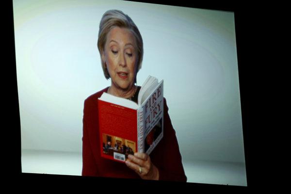 Clintonová prostredníctvom videa nepriamo vystúpila na udeľovaní Grammy.