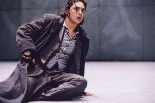 Vittorio Vitteli sa predstaví v Macbethovi.