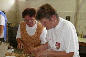 Kuchárky mali plné ruky práce.