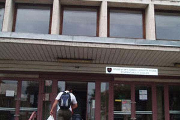 Študentský domov Technickej univerzity vo Zvolene.