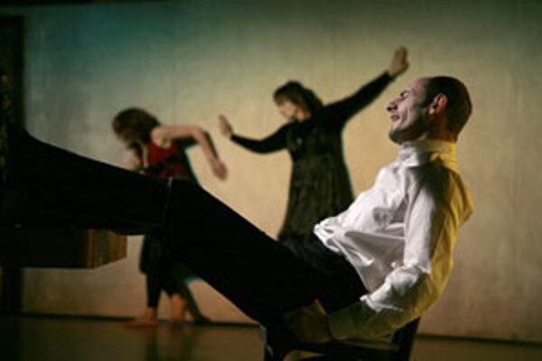 Canto Hondo si z Divadelnej Nitry odnieslo najviac cien. Okrem tanečníkov v predstavení účinkuje aj herec Csongor Kassai.