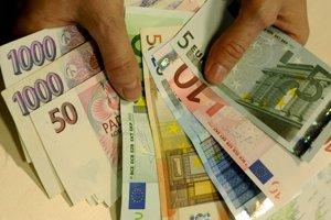Česká koruna posilní voči euro.
