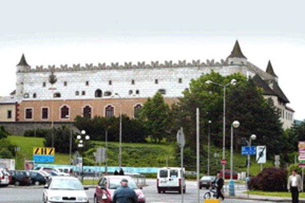 Podľa kastelána Zvolenského zámku Petra Heneša objekt zo 14. storočia čaká už niekoľko rokov na výraznejšiu rekonštrukciu.