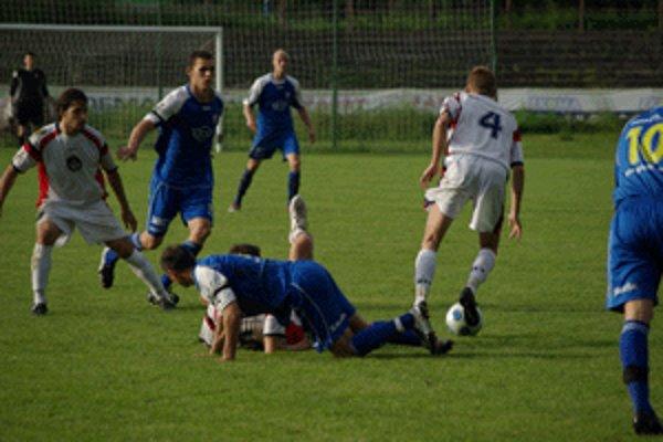 Zvolenčania si v domácom zápase s Podbrezovou rozdelili po bode.