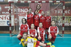 Víťazné družstvo žilinských futbalistiek.
