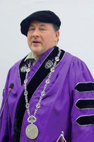 Rektor: Dr. h. c. prof. MUDr. Vladimír Krčméry, DrSc.