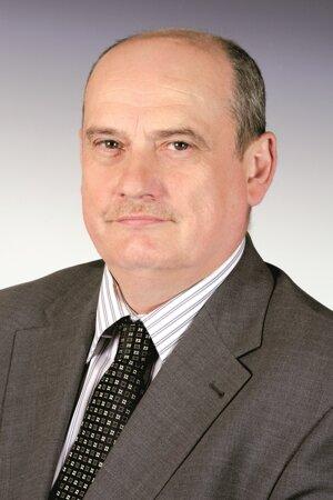 Dekan prof. Ing. JÁN ŠAJBIDOR, DrSc.