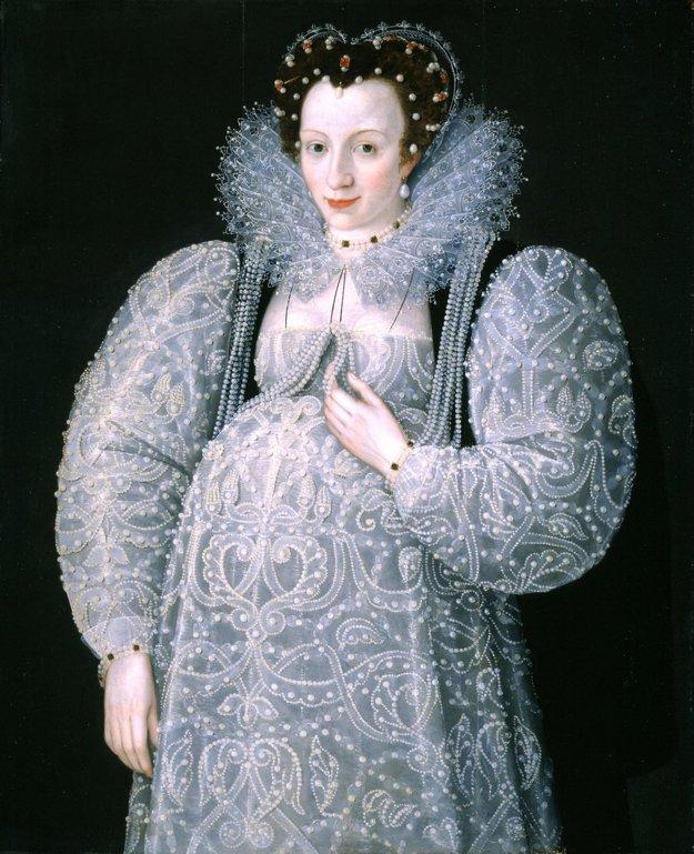 Tehotenské šaty pre vyššiu vrstvu.