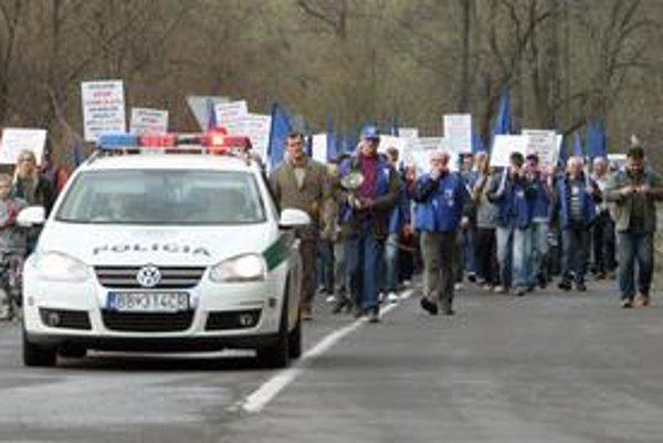 Protestujúci prešli 11 kilometrov.