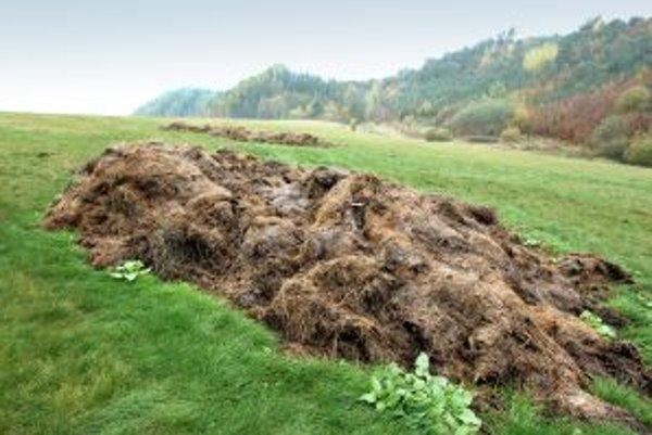 Domáci sa boja možného prehnojenia pôdy a znečistenia podzemnej vody.