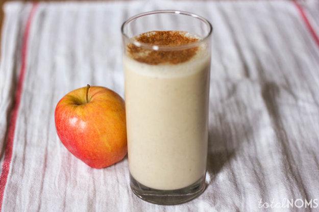 Jablkové smoothie s banánom