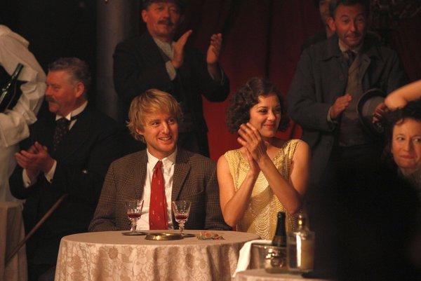 Owen Wilson a Marion Cotillard, Polnoc v Paríži (2011)