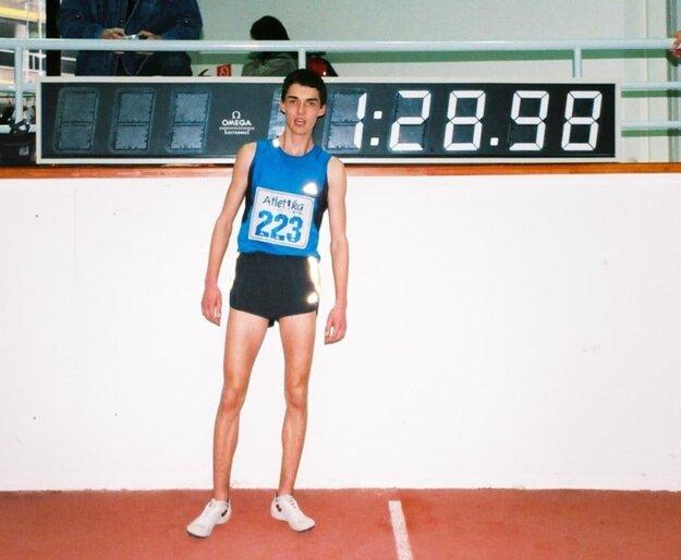 Denis Danáč ako pätnásťročný po víťazstve na M-SR v hale.