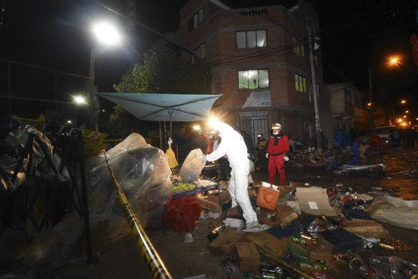 Plynová nádrž vybuchla v zóne, kde si pouliční predajcovia postavili improvizované stánky s občerstvením.