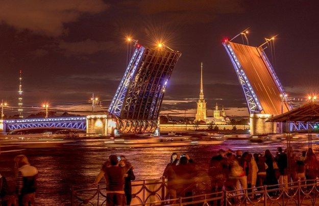 Petrohrad, klenot Ruska