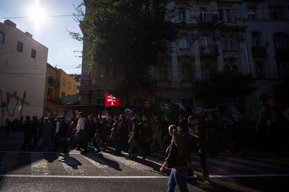 Protest proti islamizácii Európy a proti imigrantom. (12. 9. 2015, Bratislava)