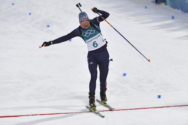 Anastasia Kuzminová po skvelom výkone prichádza do cieľa pretekov.